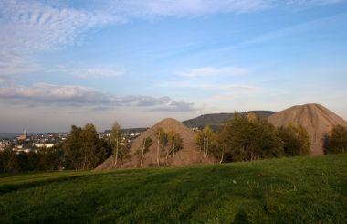 Kuželovité haldy šachty 116 v Buchholzu