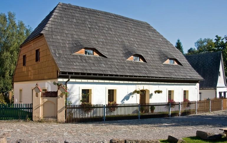 14-DE_Saighuettkpx_Gruenthal_Schichtmeisterhaus_Arbeiterhwohnaus_1.jpg