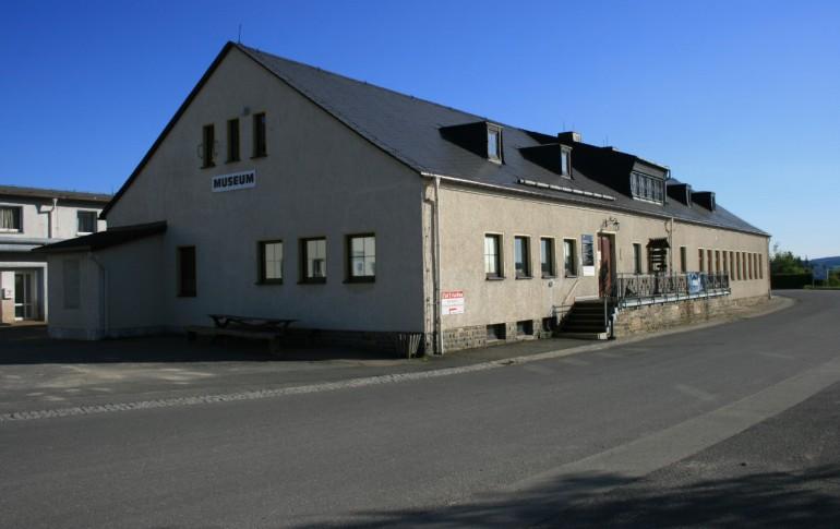 13.1-DE_E-Dorf_SaubHauptRichtsch_Schlosserei_Schmiede_Museum_Cafe.jpg