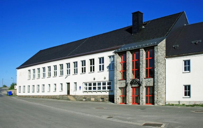 13.1-DE_E-Dorf_SaubHauptRichtsch_Kulturhaus.jpg