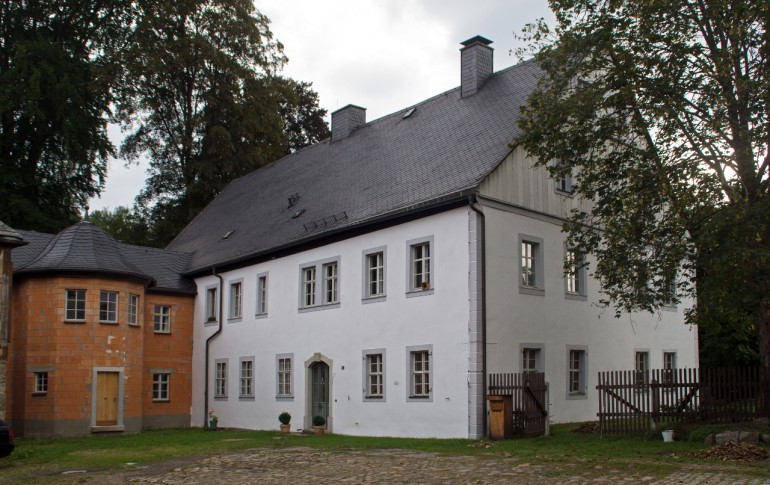 16.1-DE_Erlahammer_Herrenhaus.jpg
