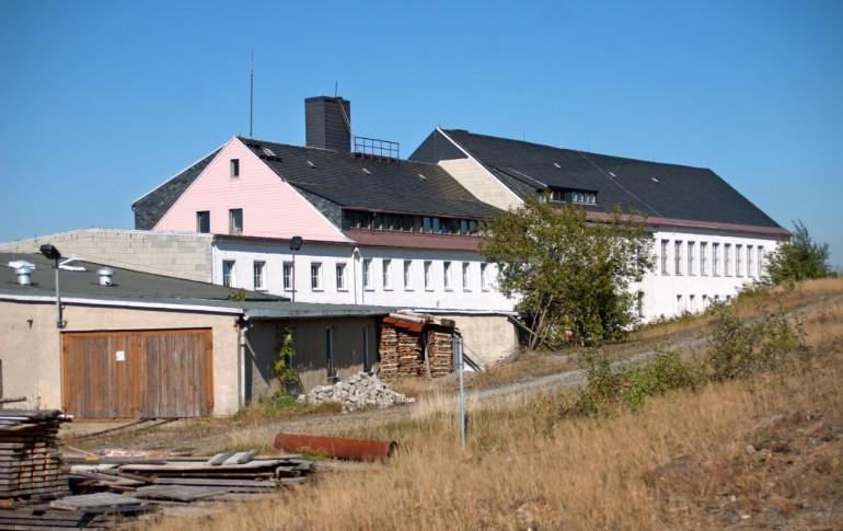 13.1-DE_E-Dorf_SaubHauptRichtsch_E-Werkstatt_Grubenwehr_Grubenleitung.jpg